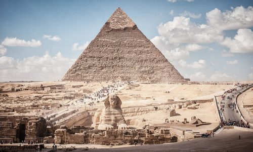 Pyramid_of_Khafre_and_Sphinx_Giza_Greater_Cairo_Egypt-2358092345
